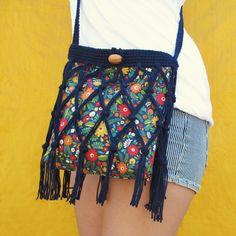 Free Crochet & Sewing Pattern: Floral Fringe Bag Tutorial