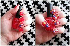Nail-Art-fleurs-tricolores-LesAteliersDeLaurène