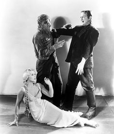 Frankenstein meets the Wolfman promo shot. Lon Chaney Jr as The Wolfman and Bela Lugosi as The Monster. Classic Monster Movies, Classic Horror Movies, Classic Monsters, Horror Films, Classic Films, Horror Art, Gothic Horror, Horror Monsters, Scary Monsters