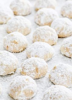 Mexican Wedding Cookies – don't get fooled by the name, these cookies will make a great addition to your favorite holiday cookies. They'll be gone in seconds! Danish Wedding Cookies, Mexican Wedding Cake Cookies, Italian Wedding Cookies, Italian Cookie Recipes, Holiday Cookie Recipes, Italian Cookies, Holiday Cookies, Banana Split, Nutella