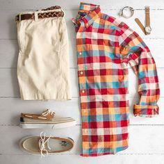 Beach Grid by @matthewgraber Follow @stylishgridgame Brands ⤵ Shirt: @gap Shorts: @jcrew Shoes: @ghbass Belt: @bonobos Watch: @timex Bracelet: @maritimesupplyco