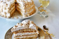 Retete Culinare - Tort cu frisca si caramel