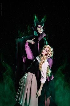 Sleeping Beauty by Chrome-sensei on DeviantArt Maleficent Cosplay, Disney Maleficent, Disney Cosplay, Disney Villains, Aurora Disney, Sleeping Beauty Cosplay, Disney Sleeping Beauty, Disney World Pictures, Past Love