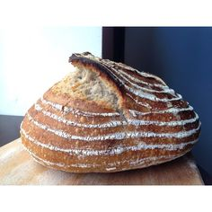 Large #bread. #sourdough #wildyeast  #paine cu #maia salbatica. Am facut o paine mare