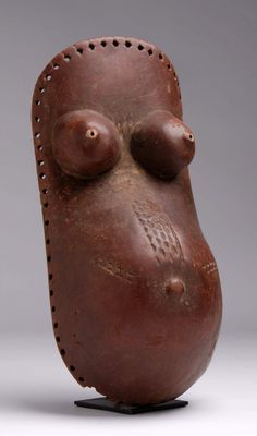 Africa   Body mask from the Makonde people of Tanzania   Wood and pigments