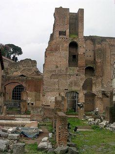 Roman Forum | Athenaeum, Built by Domitian, 81-91AD , Rome. Roman Forum, Roman Architecture, Ancient Romans, Roman Empire, Mount Rushmore, Building, Artwork, Travel, Painting