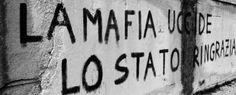 Un azzardo, una follia, far rivivere il caro motto delle mafie, 'Vi proteggiamo noi'. Eppure è questo il sottile e incredibile messaggio che è stato fatto passare.