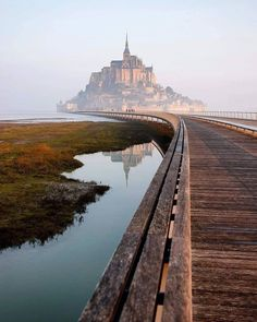 Misty mornings in France 😍⠀ ⠀ Mont Saint-Michel 🇫🇷 📸: ⠀ ⠀ Mont Saint Michel France, France Landscape, Nature Landscape, Places To Travel, Places To See, Travel Destinations, Amazing Photography, Nature Photography, Canon Photography