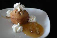 Sunflower - w wolnej chwili...: Muffiny gruszkowe z sosem i bitą śmietaną