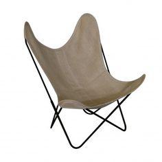 Ce fauteuil AA fabriqué par la société AIRBORNE