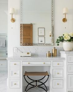 In addition to being a storage solution, bathroom furniture is an inseparable part of the integral design of this room. Bathroom Interior Design, Decor Interior Design, Interior Decorating, Decorating Hacks, Interior Colors, Design Bedroom, Modern Interior, Bedroom Decor, Design Rustique