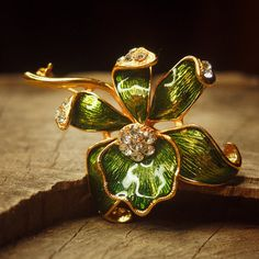 Orchid flower brooch pin antique styled vintage by Craft365.com ~ US$11.90