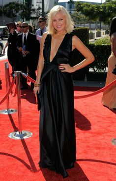 Malin Akerman arrives at the 2012 Creative Arts Emmys at the Nokia Theatre on Saturday, Sept. 15, 2012, in Los Angeles. (AP Photo/ Chris Pizzello)