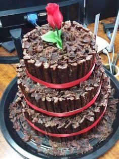 Droeë word en biltong koek Biltong, Diy Cake, Fancy Cakes, South Africa, Diy And Crafts, Friends, Ethnic Recipes, Desserts, Food