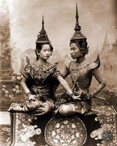traditional costum in Thai opera&dance.