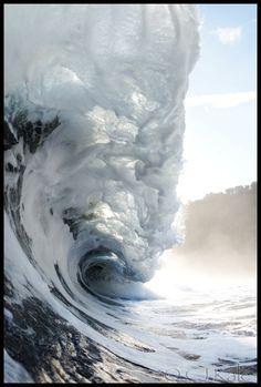Monster Wave at Waipio Beach - Hawaii