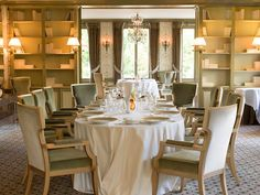 Pavillon Ledoyen, #Paris. Elegance off the Champs-Élysées. Photo courtesy of Pavillion Ledoyen. #restaurant