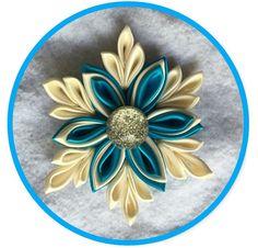 Kanzashi snowflake hair clip  https://www.etsy.com/listing/484512990/kanzashi-snowflake?ref=shop_home_active_1