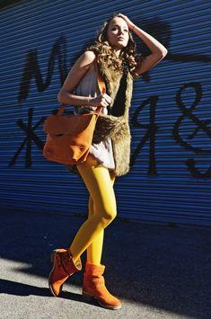 The Sun is Back - Cecilia de Rafael Chacal Colored tights #tights #legwear #style #fashion #women