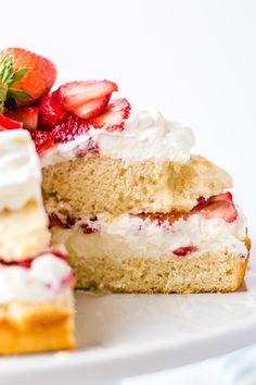 Strawberry Shortcake - an Easy Dessert recipe   Boulder Locavore® Strawberry Whipped Cream Cake, Strawberry Coffee Cakes, Lemon Raspberry Cheesecake, Whipped Cream Cakes, Whipped Topping, Strawberry Scones, Easy Cake Recipes, Baking Recipes, Dessert Recipes