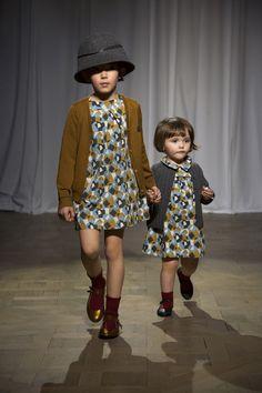 Bonpoint Winter 2015 Fashion Show Stylish Little Girls, Trendy Kids, Cute Kids, Kids Winter Fashion, Kids Fashion, Fashion Clothes, Dress Up Outfits, Kids Outfits, Luna Fashion