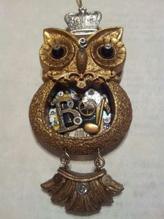 I bought this owl ornament from Pier One and steampunked it out for my son for All of the things I put in the belly mean something to him. Owl Ornament, Ornaments, Owl Wall Decals, Gear S, Epoxy, Resin, Perfume Bottles, Steampunk Gears, Crafts