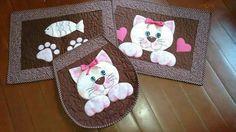 Gato Crochet Flower Patterns, Crochet Motif, Simple Flower Drawing, Applique Wall Hanging, Cat Applique, Cat Quilt, Sewing Appliques, Sewing Art, Cat Pattern