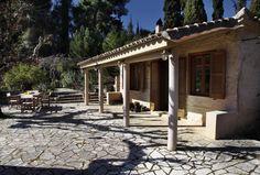 Ανακαίνιση παλαιάς κατοικίας στον νομό Ηλείας | vasdekis Pergola, Outdoor Structures, Projects, Log Projects, Arbors