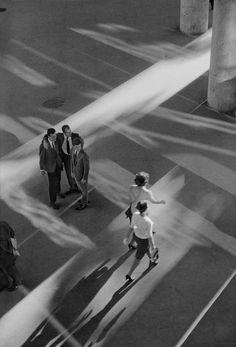 """© René Burri, Rio de Janeiro """"I never thought I would become a photographer."""" (René Burri) & find more of Magnum Photos here & Magnum Photos, Vintage Photography, Film Photography, Street Photography, Documentary Photography, Urban Photography, Color Photography, Become A Photographer, Photographer Portfolio"""