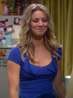 Penny's cobalt blue lace top on The Big Bang Theory.  Outfit Details: http://wornontv.net/3612/ #TheBigBangTheory