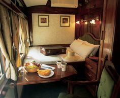 Luxury Railway Cabin on The Shongololo Express - Emerald class cabin (Southern Africa). Train Car, Train Rides, Train Travel, Tiny Loft, Trains, British Colonial Style, Orient Express, Kyushu, Vintage Travel