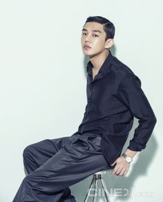 씨네21 : [유아인] 죽이고 싶은 연기를 하고 싶다 Yoo Ah In, Piano Man, Older Men, Actor Model, Love People, Mens Clothing Styles, Asian Men, A Good Man, Secret Love