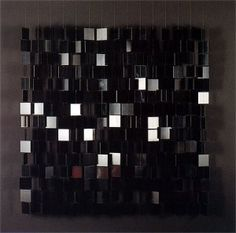 Móviles negro sobre negro, Julio Le Parc