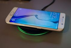 Samsung galaxy s6 and 6 edge  wireless charger www.hypola-aps.com