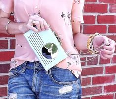love this Kate Spade clutch {click to shop}