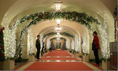 See Photos of the White House Christmas Decorations: White House Christmas Photos (Christmas Decorations) White House Christmas Tree, Natural Christmas Tree, Christmas Decorations For The Home, Xmas Decorations, Winter Wonderland Christmas, Christmas 2015, Christmas Photos, Xmas 2015, Christmas Crafts
