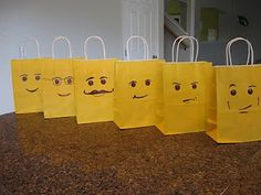 Lego party-Goody bags