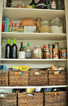 LOVE the idea of baskets in the pantry!  I hate all the loose bags of chips on the shelves.