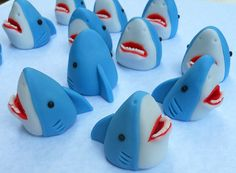 3D SHARKS. Edible Cupcake Toppers. by SWEETandEDIBLE on Etsy