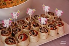 Zeytin Ezmeli Lavaş Sarma.  http://www.pembecupcake.com/recipes/111/