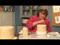 Free Cake Decorating Tip: How to Make Perfect Cake Stripes.