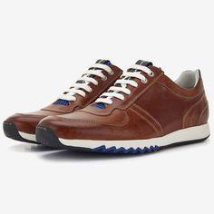 Floris van Bommel cognac leren heren sneaker New Shoes, Men's Shoes, Shoe Boots, Dress Shoes, Shoes Sneakers, Dress With Sneakers, Sneakers Fashion, Fashion Shoes, Mens Fashion