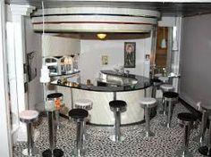 Minibydesign: Art Deco Bar The Unveiling Art Deco Room, Art Deco Bar, Dollhouse Accessories, Miniture Things, Dollhouse Miniatures, Dollhouse Interiors, Art Nouveau, Modern, Furniture