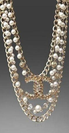 Chanel Pearl Necklace - I will always love pearls and chains but I prefer wearing them with jeans Chanel Pearl Necklace, Chanel Pearls, Chanel Jewelry, Pearl Jewelry, Jewelry Box, Jewelry Accessories, Fashion Accessories, Fashion Jewelry, Pearl Necklaces