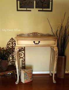 FRENCH PROVINCIAL HALL TABLE Annie Sloan chalk paint with Dark Wax
