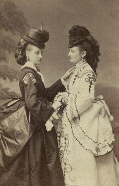 L'ancienne cour - 1870's