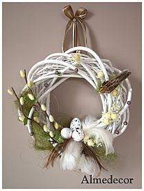 Stylowi.pl - Odkrywaj, kolekcjonuj, kupuj Easter Wreaths, Holiday Wreaths, Easter Flower Arrangements, Flip Flop Wreaths, Easter Holidays, Arte Floral, Summer Wreath, Easter Crafts, Diy And Crafts