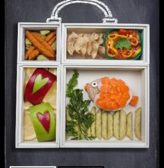 Create a fun school lunch and win $1000 from Harvest Snaps!: @Harvest Snaps is giving one person a $1000 back to school shopping spree with lunchspiration. The more dream lunches you make the more chances you'll have to win!