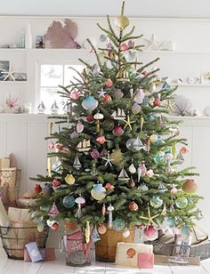 Alternative decorated Christmas Trees | christmas tree with candy Decorating Ideas For Christmas Trees