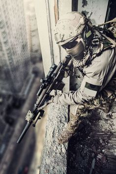 Buy United States Army ranger by Getmilitaryphotos on PhotoDune. United States Army ranger during the military operation Military Police, Military Art, Soldado Universal, Us Ranger, Ghost Soldiers, Us Army Rangers, Military Special Forces, Military Operations, Special Ops